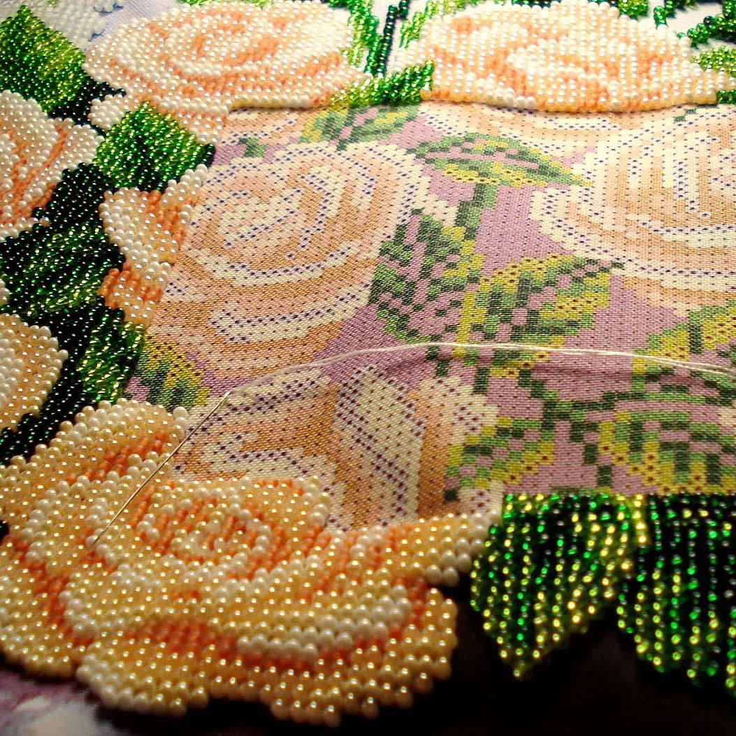 Вышить цветы из бисера: описание, схемы, мастер-класс